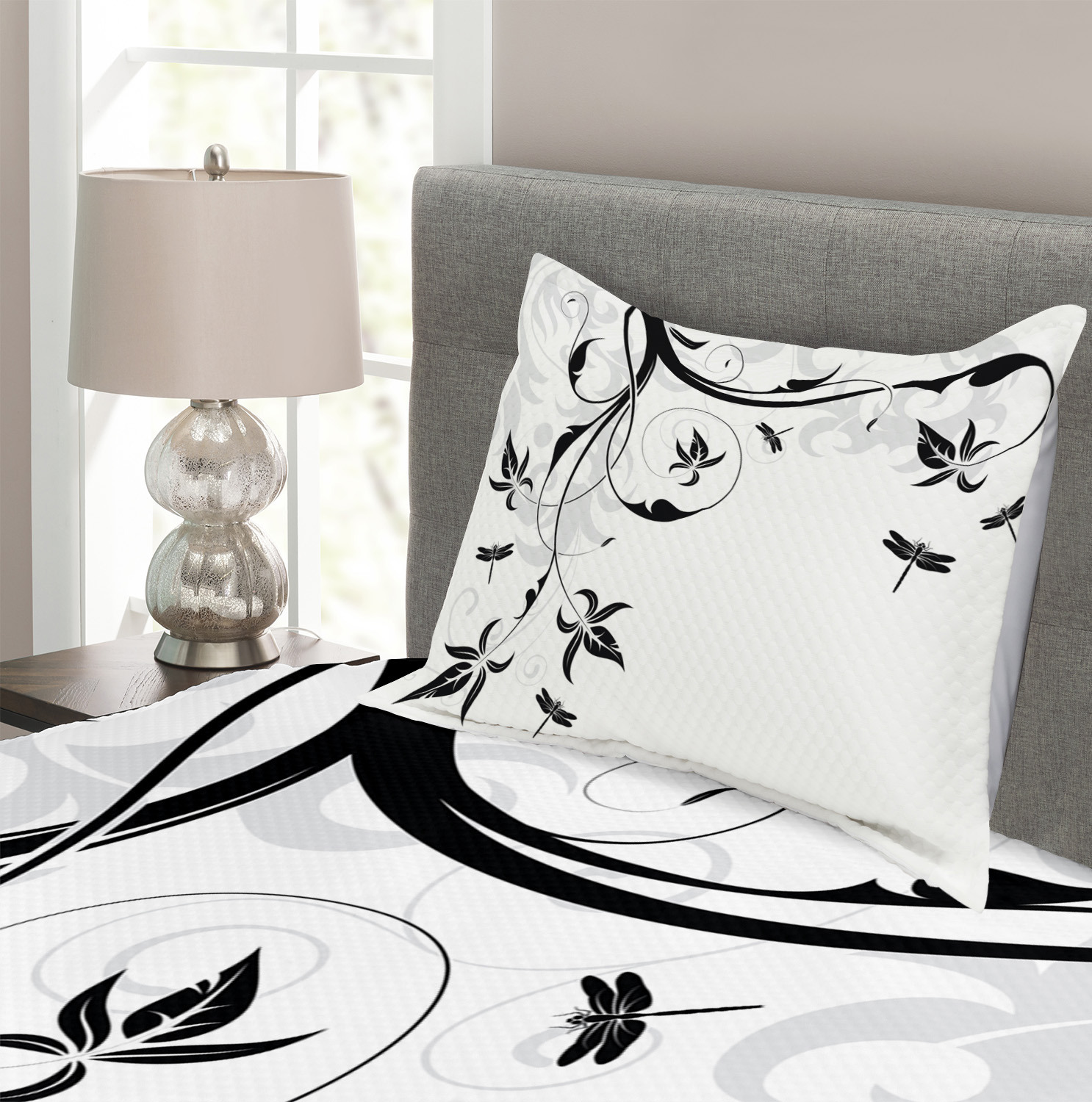 Damask Curl Leaves Print Dragonfly Quilted Bedspread /& Pillow Shams Set