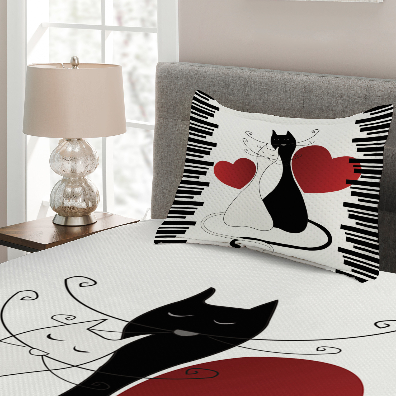 Cats Quilted Coverlet /& Pillow Shams Set Romantic Couple Pet Kitten Print