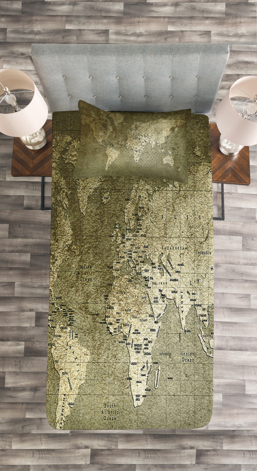 Nostalgic Ancient World Map Print Map Quilted Bedspread /& Pillow Shams Set