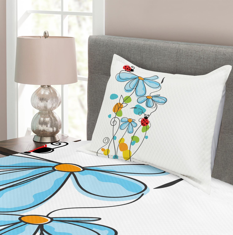 Cartoon Ladybugs Flowers Print Kids Quilted Bedspread /& Pillow Shams Set