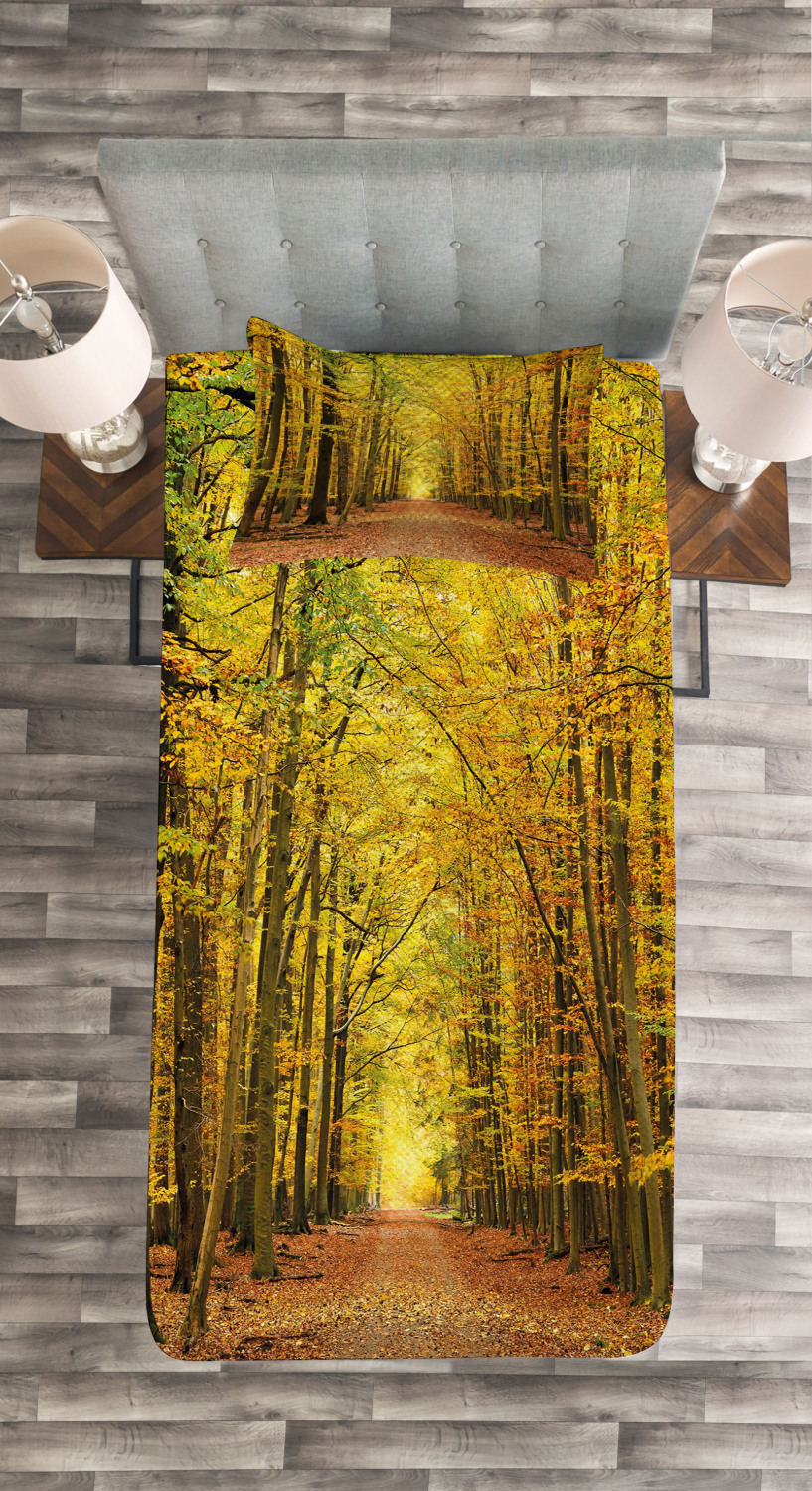 Fall Quilted Bedspread & Pillow Shams Set, Set, Set, Pathway into the Forest Print 40ff14