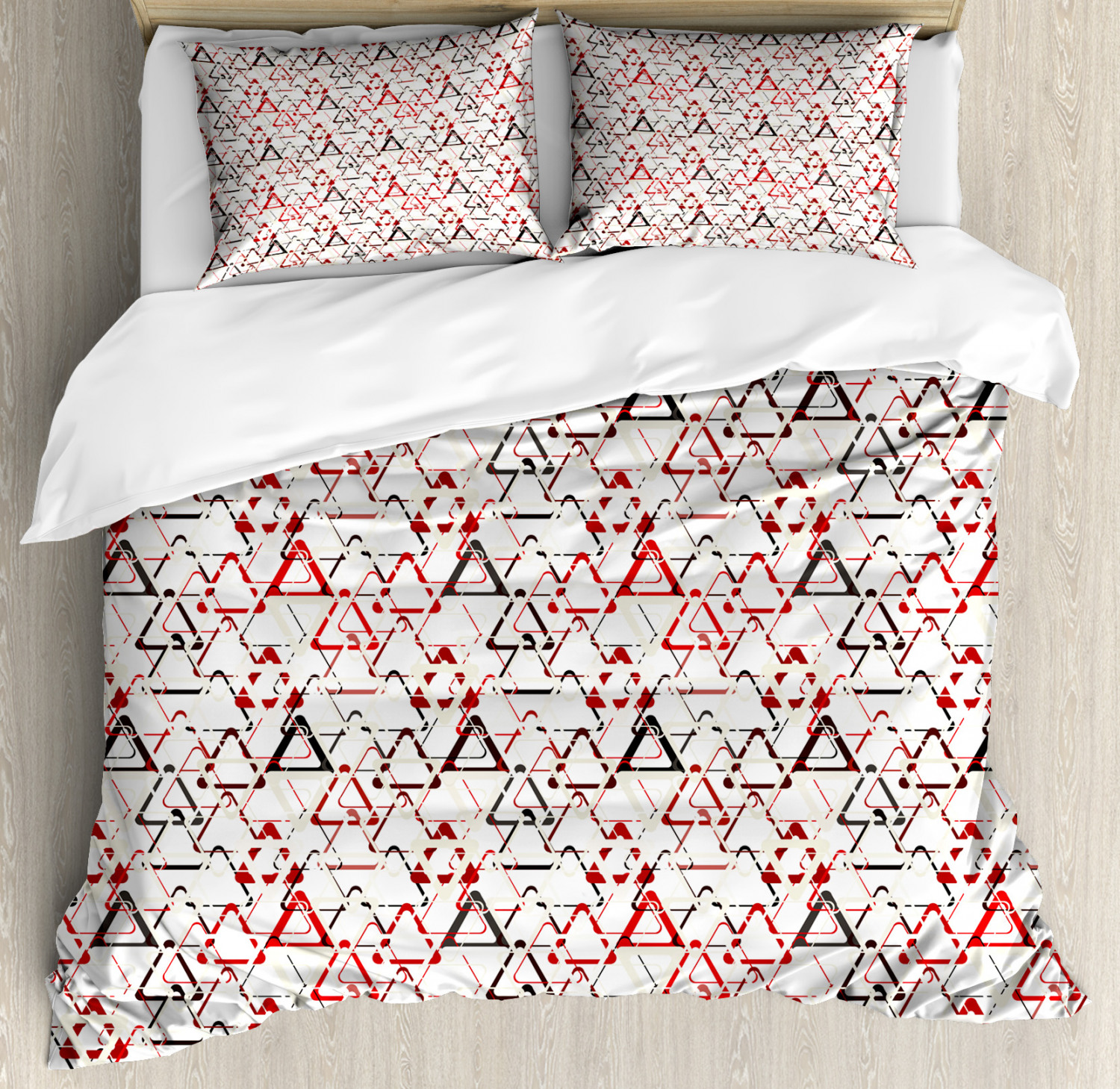 Abstract Duvet Cover Set with Pillow Shams Overlapping Triangles Print