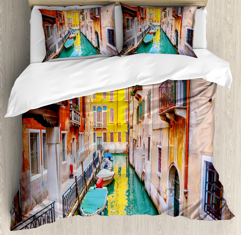 Venice Duvet Cover Set with Pillow Shams Vibrant Canal Gondolas Print