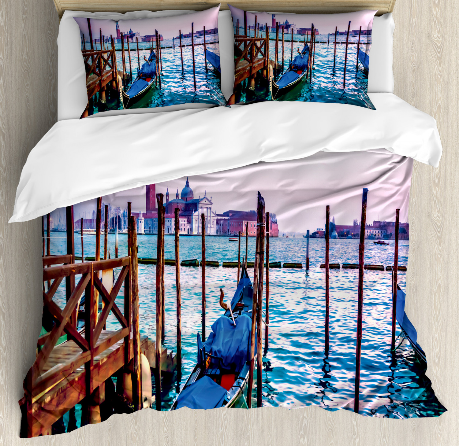 Venice Duvet Cover Set with Pillow Shams Dreamy View in Evening Print