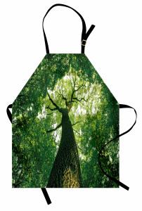 Yaşlı Ağaç Gölgesinde Mutfak Önlüğü Yaşlı Ağaç Gölgesinde Huzur Temalı