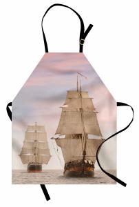 İki Büyük Yelkenli Mutfak Önlüğü Eski Denizciler