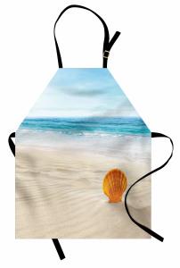 Kumdaki Deniz Kabuğu Mutfak Önlüğü Bej Mavi Gökyüzü