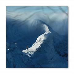 Karda Yürüyen Yalnız Dağcı Temalı Bandana Fular