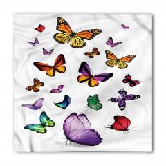 Uçan Kelebek Desenli Bandana Fular