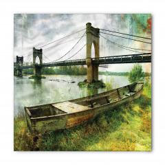 Nehirdeki Tarihi Köprü Bandana Fular