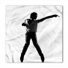 Beyaz Tişörtlü Dansçı Bandana Fular