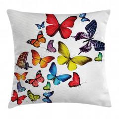 Kelebek Coşkusu Desenli Yastık Kırlent Kılıfı