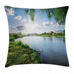 Nehirde Güneşli Bir Gün Yastık Kırlent Kılıfı