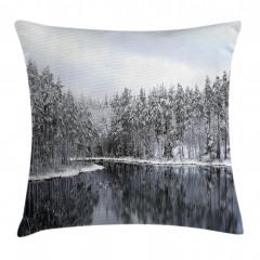 Karlı Ağaç Göl Temalı Yastık Kırlent Kılıfı