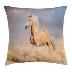 At ve Toprak Yastık Kırlent Kılıfı