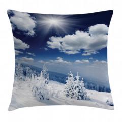 Bulutlar ve Karlı Ağaç Yastık Kırlent Kılıfı