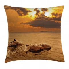Okyanustaki Yunuslar Yastık Kırlent Kılıfı