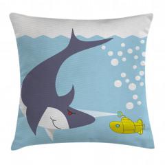 Su Altında Köpek Balığı Yastık Kırlent Kılıfı