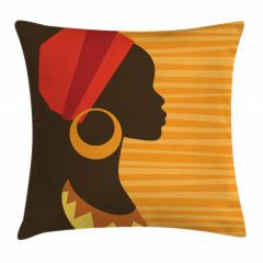 Küpeli Kız Portreli Yastık Kırlent Kılıfı