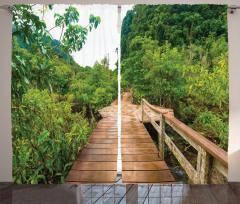 Doğada Yolculuk Temalı Fon Perde Yeşil Orman