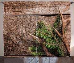 Çam Ağacı ve Boynuz Fon Perde Ahşap Fonlu
