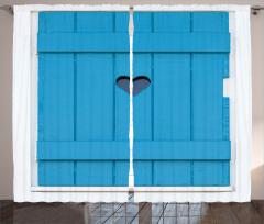 Mavi Ahşap Panjur Fon Perde Kalpli