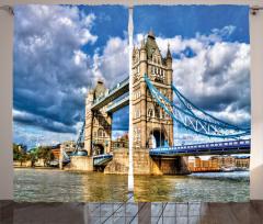 Köprü ve Nehir Temalı Fon Perde Nostaljik