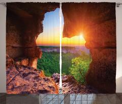Güneş Mağara ve Orman Fon Perde Doğa