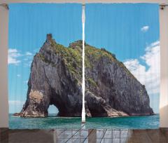 Kayalık Ada ve Deniz Fon Perde Mavi