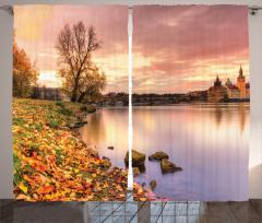 Nehir Kıyısı ve Yaprak Fon Perde Nehir Kıyısı Yapraklar