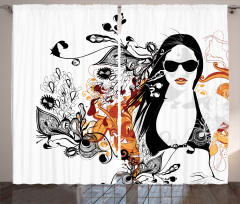 Yaz ve Bikinili Kız Fon Perde Siyah Turuncu Çiçekli