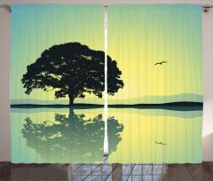 Ağaç Desenli Fon Perde Göl Kuş Sarı Yeşil Doğa