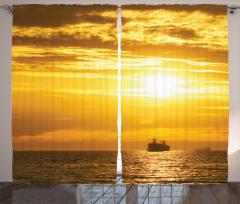 Gün Batımı Temalı Fon Perde Deniz Gemi Turuncu