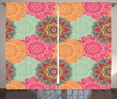 Renkli Mandala Desenli Fon Perde Hint Süslemeleri