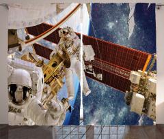 Astronot Temalı Fon Perde Uzay Beyaz Gezegen Mavi