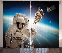 Astronot Temalı Fon Perde Dünya Mavi Beyaz Uzay