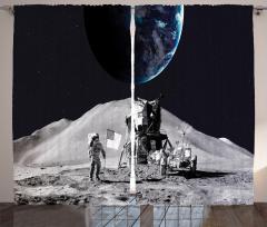 Ay'daki Astronot Temalı Fon Perde Gri Uzay Kozmos