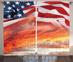 ABD Bayrağı Gökyüzü Fon Perde Şık