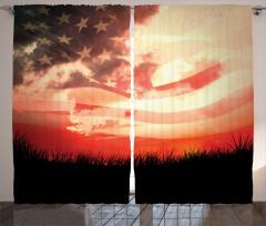 Kır ve Gökyüzü Desenli Fon Perde ABD Bayrağı Fonlu