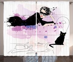 Güzel Kadın ve Kedi Fon Perde Siyah Pembe