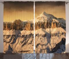 Karlı Kayalık Dağ Fon Perde Şık Tasarım