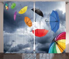 Rengarenk Uçan Şemsiye Fon Perde Gökyüzü