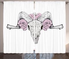 Hayvan Kafası Portreli Fon Perde Pembe Gül Beyaz