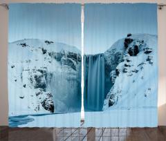 Karlı Dağ İçinde Şelale Fon Perde Şık Beyaz