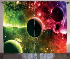 Uzayın Derinlikleri Desenli Fon Perde Gezegenler