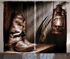 Kırmızı Lamba Ve Çizme Fon Perde Kahve