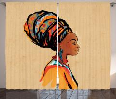 Küpeli Kız Portreli Fon Perde Etnik Temalı Bej Şık