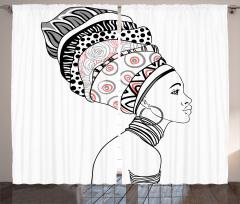 Afrikalı Kadın Portreli Fon Perde Siyah Beyaz