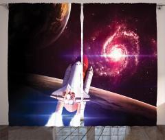Uzay Mekiği Temalı Fon Perde Kırmızı Gökyüzü Evren