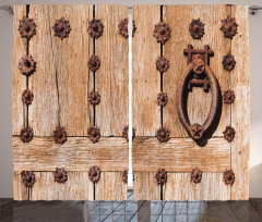 Tokmaklı Ahşap Kapı Fon Perde Şık Nostaljik